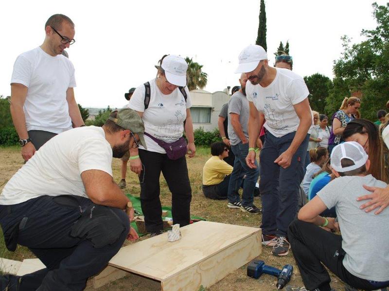 Voluntarios de Gas Natural Fenosa colaboran en la mejora de entornos naturales de Barcelona y Segovia
