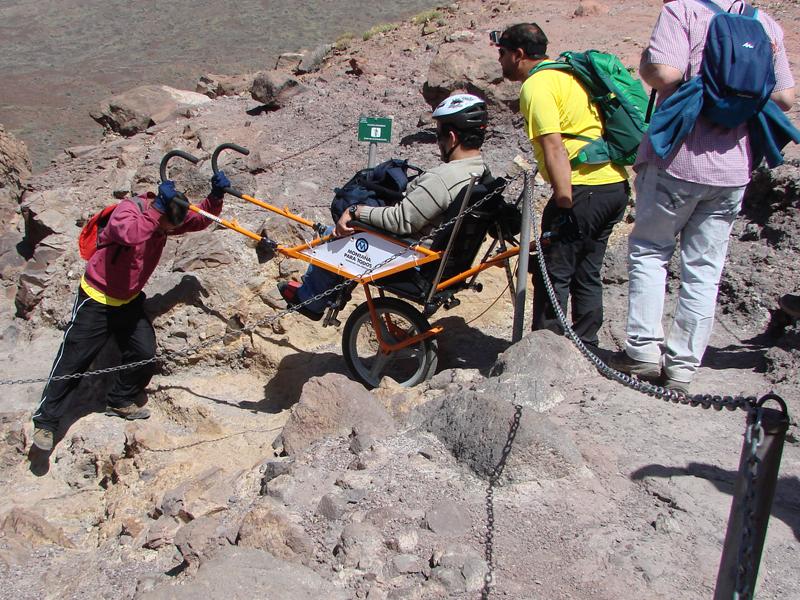 Más de 200 voluntarios acercan la naturaleza a personas con movilidad reducida