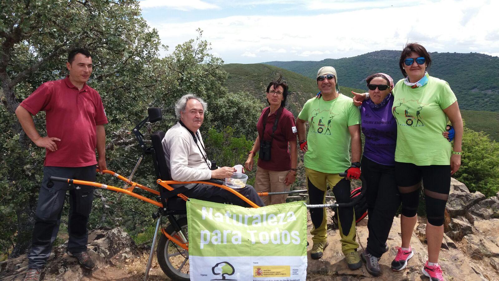 Más de 20 personas con movilidad reducida han participado en rutas por Parques Nacionales en 2018