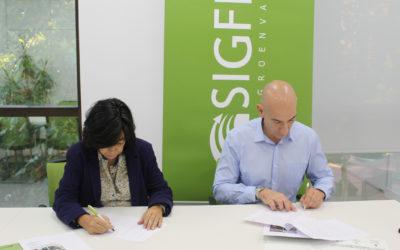 Convenio de Fundación Global Nature y Sigfito para analizar la gestión actual de residuos agrarios